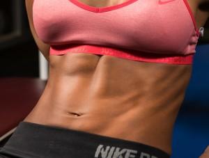 ドローイン 効果的なやり方で腹を引き締め腰痛にも効く。