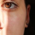 鼻血が出やすい人はドライノーズ症状になってる可能性が。