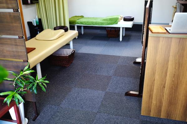 整体院院内施術ベッド